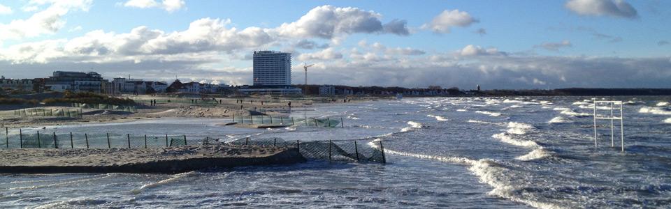 Fewo Warnemünde Hochwasser Ostsee Strand